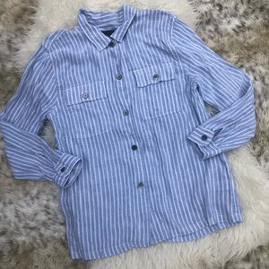 Rails button down top